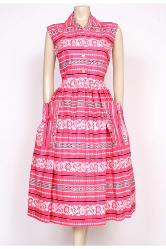 1950's jumbo pockets dress