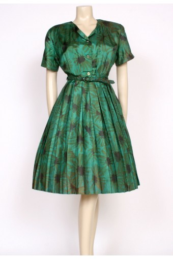 50's green pleated dress